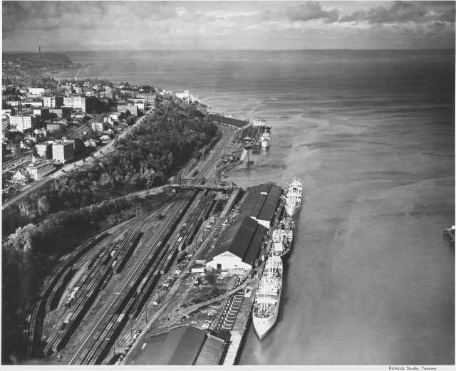 Aerial photograph of Tacoma shoreline, October 1948