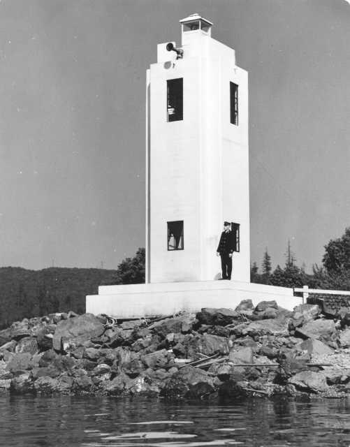 Browns Point lighthouse, June 1939
