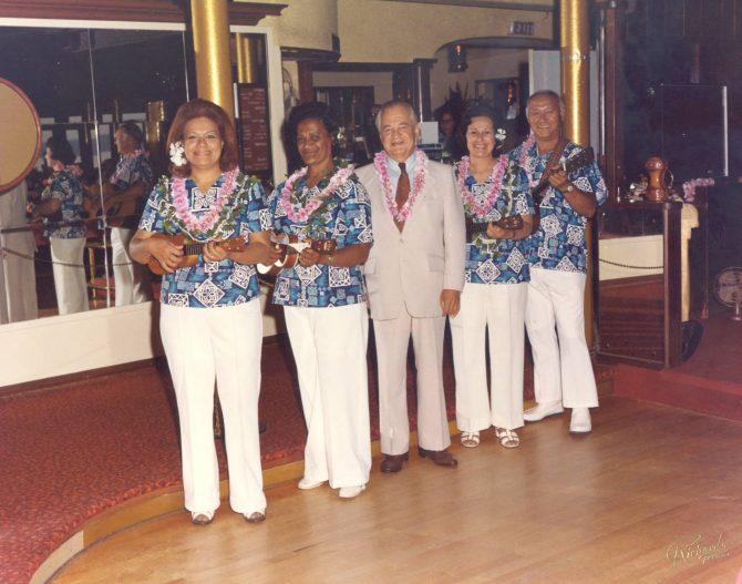 Image of aHawaiian musicians